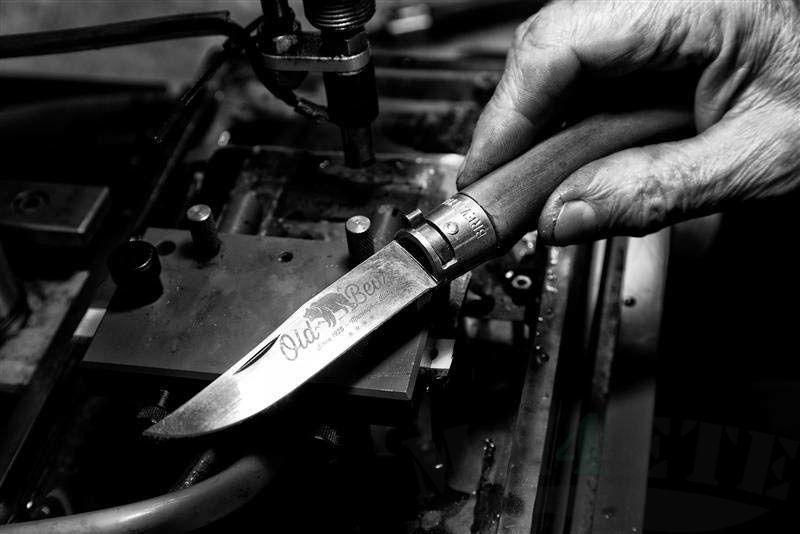 картинка Складной нож Antonini Old Bear Olive S AN_9307/17_LU от магазина ma4ete