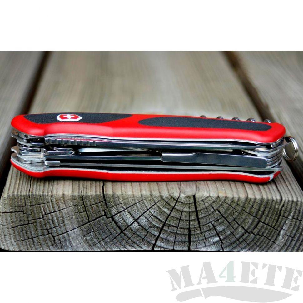 картинка Нож Victorinox RangerGrip 74 0.9723.C от магазина ma4ete