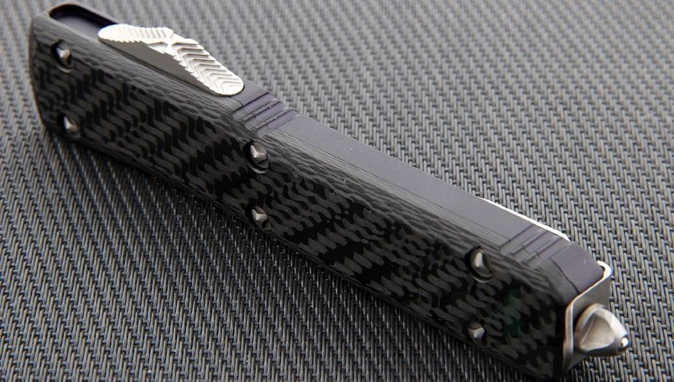 картинка Автоматический выкидной нож Microtech Ultratech T/E MT_123-4CF от магазина ma4ete