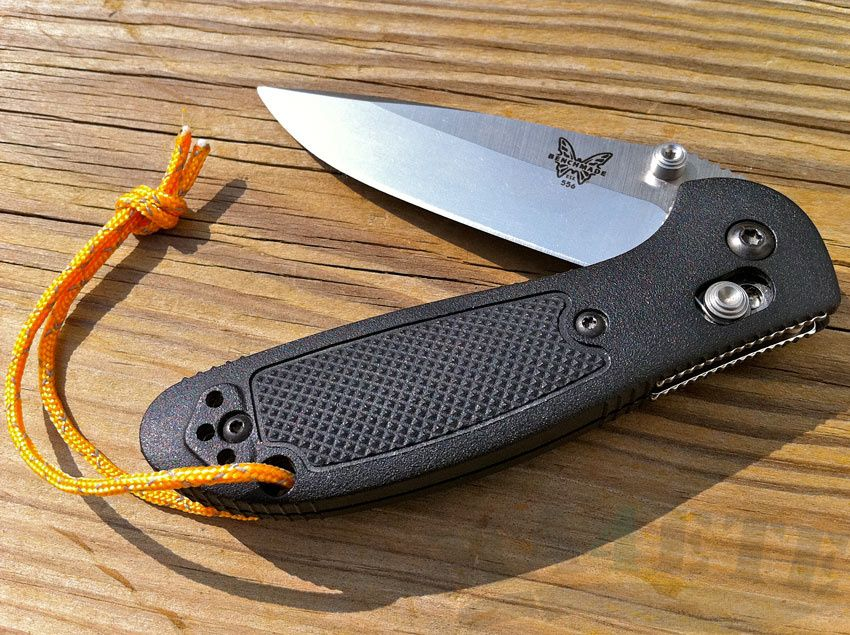 картинка Складной нож Benchmade Mini Griptilian 556 от магазина ma4ete
